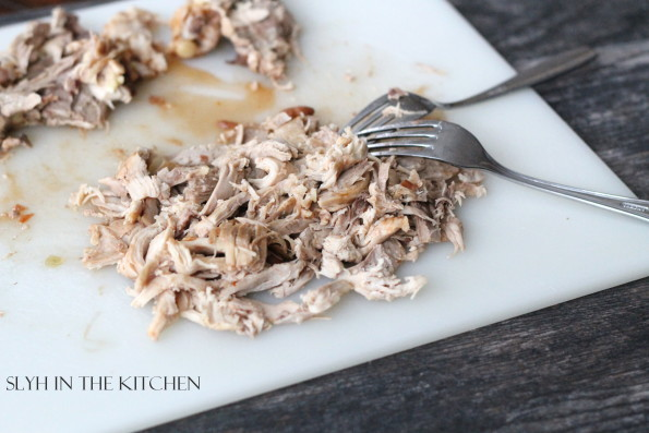 how to make shredded chicken thighs