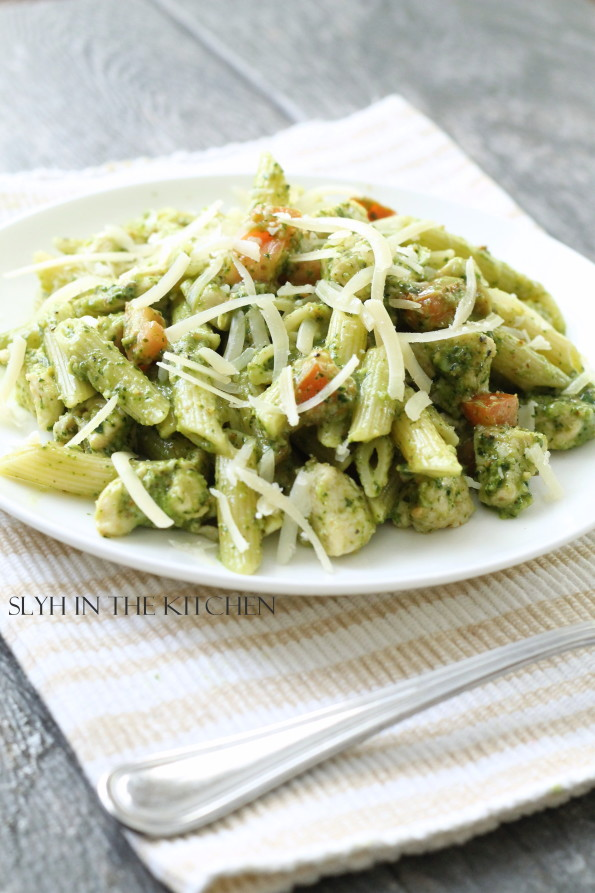 Chicken and Spinach Pesto Penne