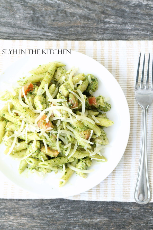 Chicken with Spinach Pesto Penne