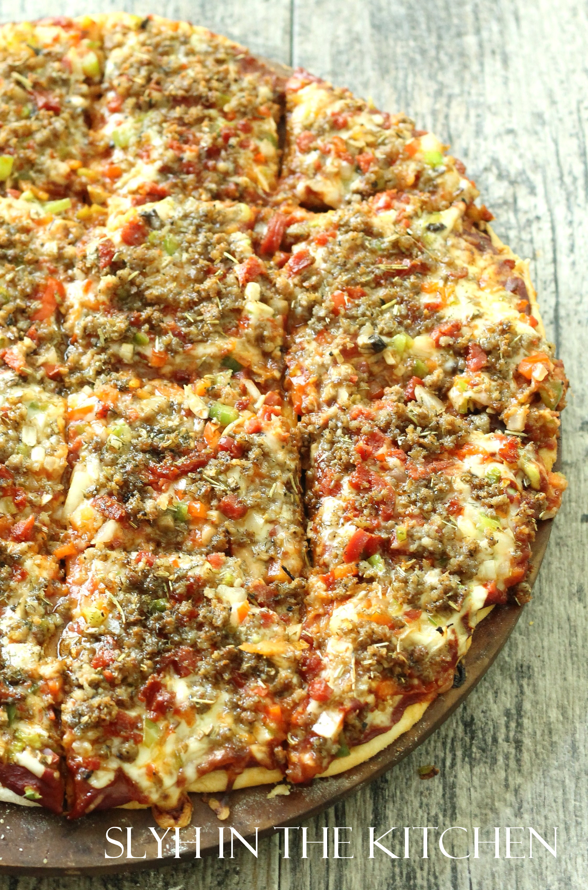 Royal Thin Crust Pizza